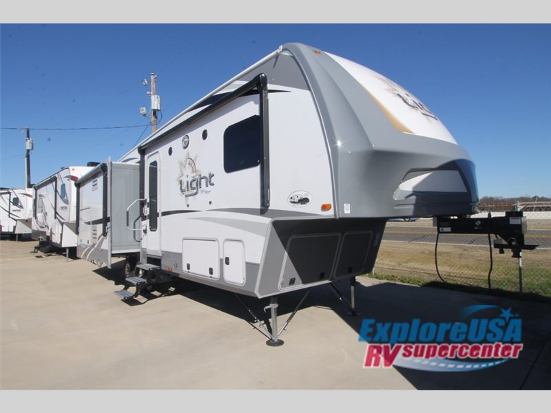 Half Ton Towable Fifth Wheels >> Highland Ridge Open Range Fifth Wheels & Travel Trailers: Which Is Right For You? - Explore USA Blog