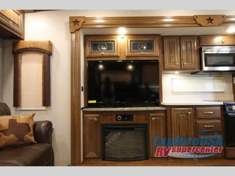 Heartland Bighorn Fifth Wheel Fireplace