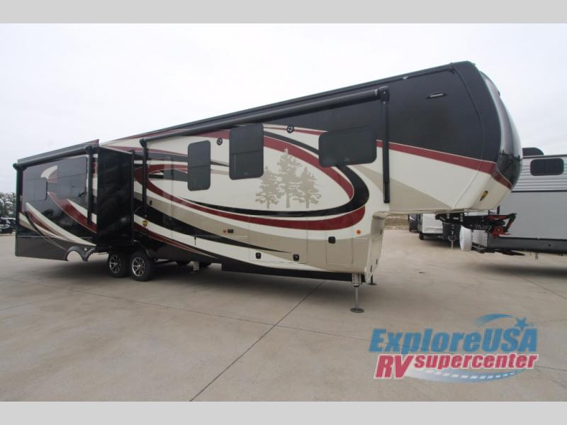 Redwood Fifth Wheel RV Exterior